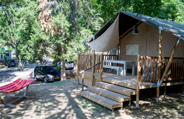 camping colleverde luxe safaritenten in toscane itali glampings. Black Bedroom Furniture Sets. Home Design Ideas