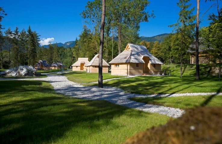 Eco resort beneath Velika planina - Bungalows in Slovenië