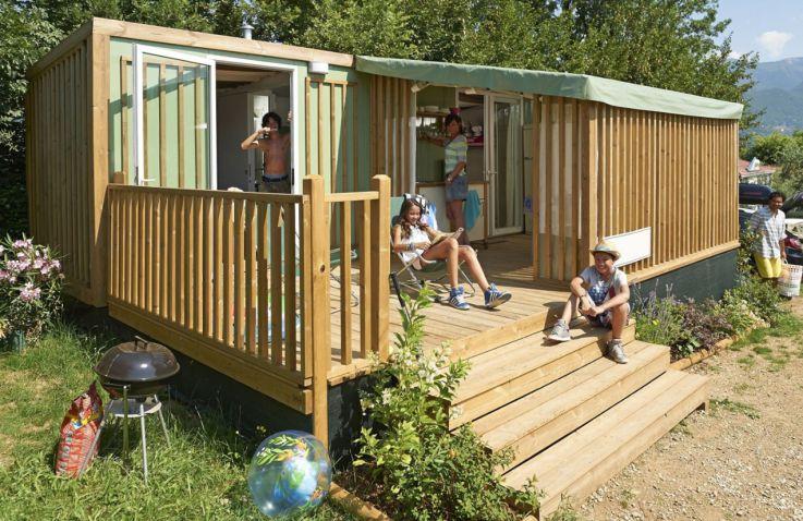 glamping aan zee luxe kamperen aan de kust. Black Bedroom Furniture Sets. Home Design Ideas