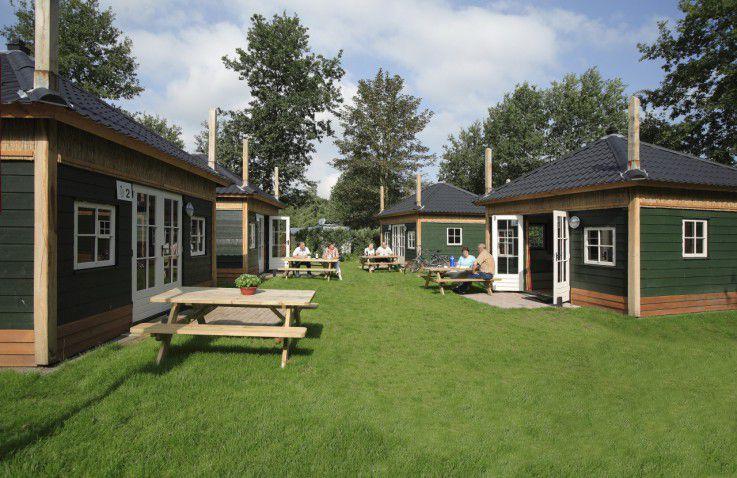 camping de weyert luxe woodlodges hooiberghutten in. Black Bedroom Furniture Sets. Home Design Ideas