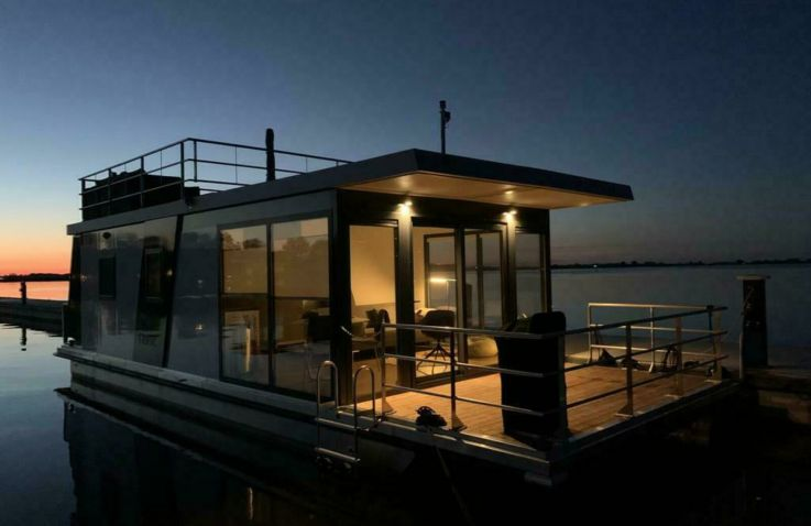 Luxe Houseboat - Glamping Flevoland
