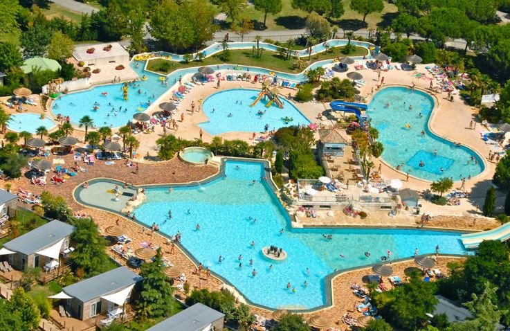 camping séquoia parc | luxe kamperen in frankrijk canvas holidays